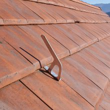 VERTIC BWOOD Anchor hook for tiles roofing
